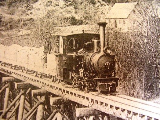 Úzkokolejné železnice a polní dráhy